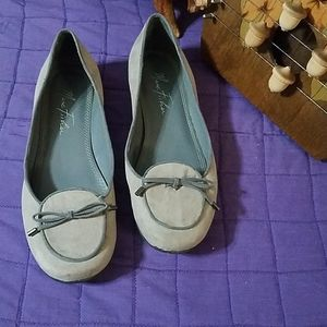 Marc Fisher grey flats